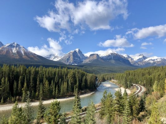 Trains and Spas Offer Magical Moments with Rocky Mountaineer