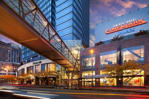 Get Away from Seattle for an Opulent Retreat in Bellevue