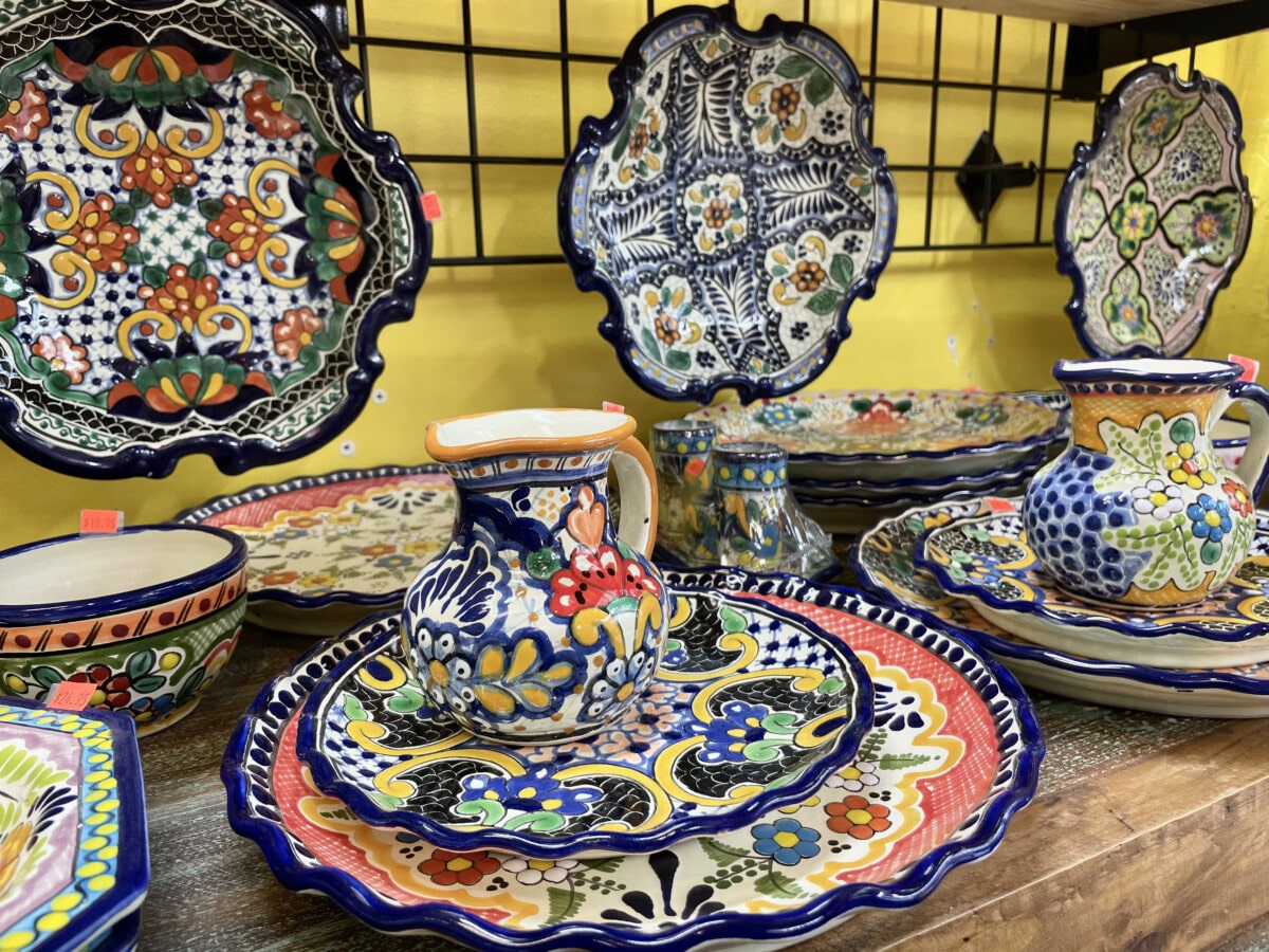 Mexican pottery at Market Square. Photo by Penny Sadler