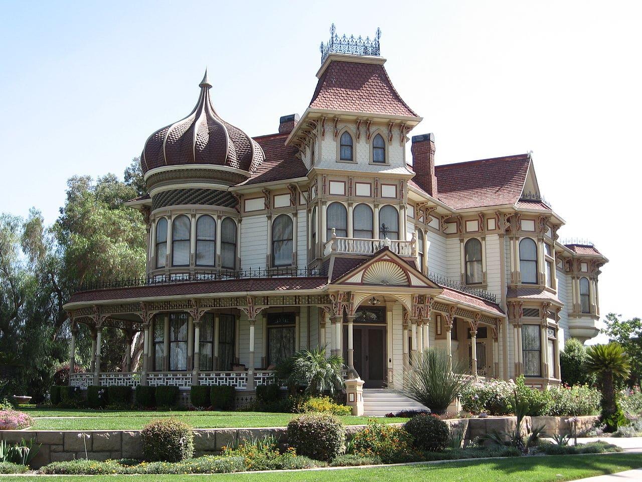 Northern California Road Trip - Victorian Architecture